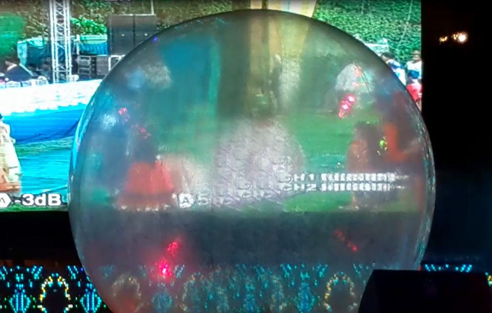 balloon on stage